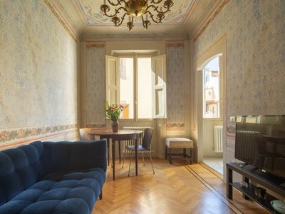 Photo for Apartment Romantic Laura in Florence