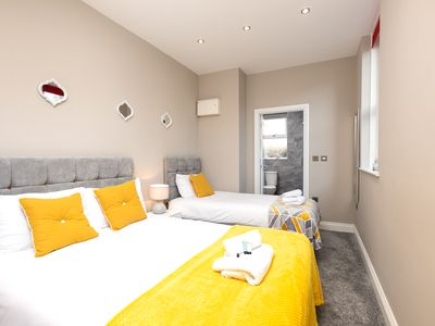 Photo for KVM - Regency Apartment, stylish, with parking, 5 minute walk to city centre
