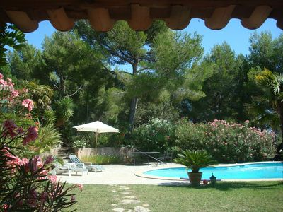 Photo for Beautiful Provencal farmhouse with pool et pool house in fenced and shadowed par