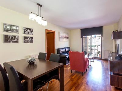 Photo for Spacious 4bed/2bath in the center of Barcelona