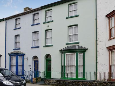Photo for 4 bedroom accommodation in Tywyn