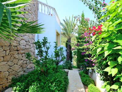 Photo for Casa Limonada for 6 people - with sea views near the beach.