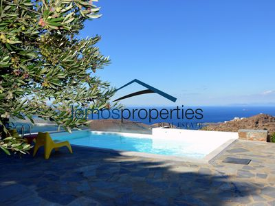 Photo for Villa Ailea with an infinity swimming pool and a great sunset and sea view.