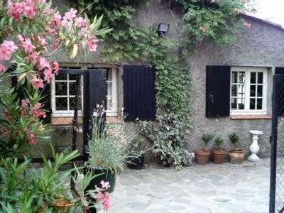 Photo for Cottage with nice garden, l km from the sea , bycicles available