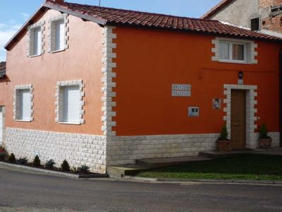 Photo for Montes Obarenes Rural Cottage for 8 people