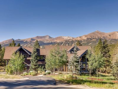 Photo for Premier Highlands Location. Close Proximity to Main Street and Gondola Parking!