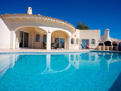 Photo for Stunning private villa with private pool, TV, washing machine and parking