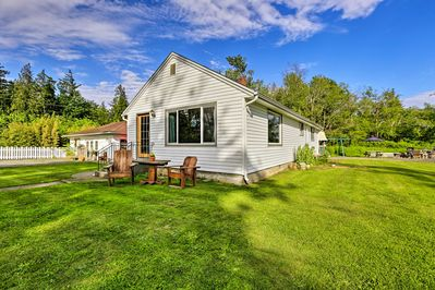 Explore the Evergreen State from this Bellingham vacation rental house!