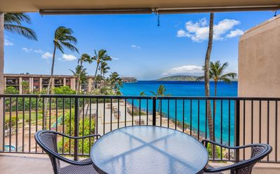Photo for EXPANSIVE Ocean Views. Top Floor. Renovated. #407 at Hale Ono Loa Condos