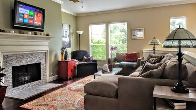 Beautiful 3-bedroom townhome in the heart of Midtown. Living room.