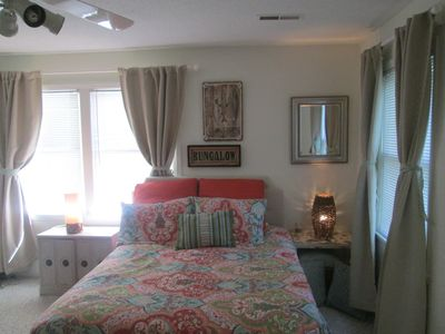 Photo for Cozy Bungalow Retreat, Just 10 Min. To Wrightsville And 7 Min. To Mayfaire