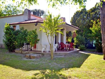 Photo for Large detached single storey villa with two bathrooms and garden. 400
