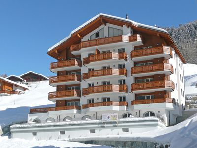 Photo for Lovely apartment for 6 people with WIFI, hot tub, TV, balcony and parking