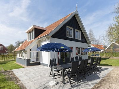 Photo for 12-person bungalow in the holiday park Landal Resort Haamstede - on the coast/the beach