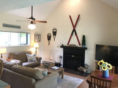Photo for Wintergreen Retreat Condo Close to Everything & Dog Friendly (non-smoking)