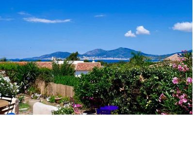 Photo for Villa full of charm with sea view close beach and trade