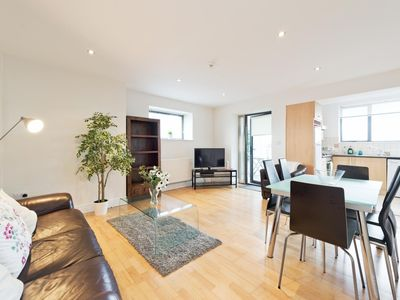 Photo for Spacious citycentre 3bed apt close to O'Connell st 107 - Three Bedroom Apartment, Sleeps 6