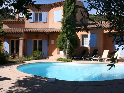 Photo for Spacious villa with pool near Cannes and Grasse