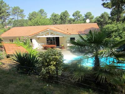 Photo for Biscarrosse golf villa with heated pool between ocean and lake
