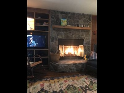 Peaceful Bear Paw Cottage with Mountain & Lake Hiwassee Views! See the Stars!!