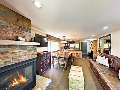 Photo for Large Beaver Village 4BR w/ Fireplace & Mountain Views - Free Resort Shuttle