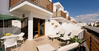 Photo for Lovely duplex with private sun terrace, shared pool. Free Wifi