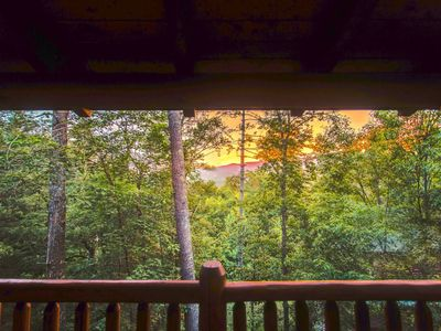 Photo for 10 Min 2 Pigeon Forge Pkwy/Gorgeous Cabin/Hot Tub