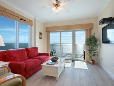 Photo for Crystal Tower! 2 BR Gulf View Condo - Sleeps 6