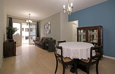 Photo for 2 bedrooms apartment with balcony and space garage in Leblon!
