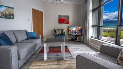 Photo for STYLISH and MODERN. Waterside 2 bedroom, 2 bathroom City Apartment with Parking