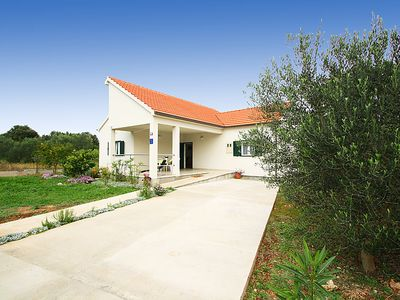 Photo for Vacation home Nikša  in Drace, South Dalmatia - 4 persons, 2 bedrooms