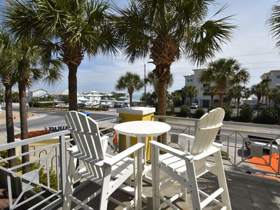 Photo for LOCATION! 200ft from beach! Pool, Tennis, Shops/Restaurants in Santa Rosa beach