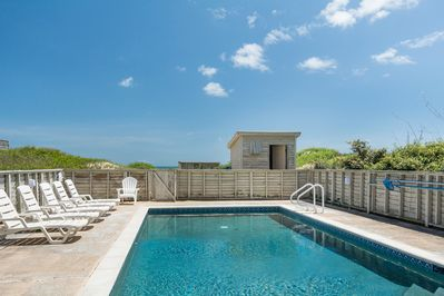 SN0619: Beach Breeze at South Nags Head l Pool Area