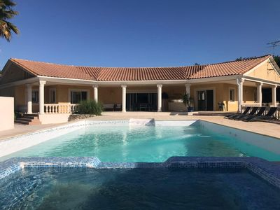 Photo for Luxury villa Saint-Aunès with large pool