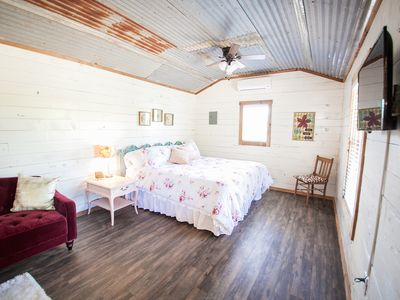 Photo for One Chic Shack - The Cabins At Onion Creek