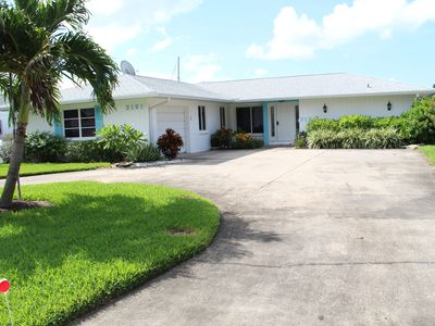 Photo for Vacation Rental Home With All Comfort - Pool, Spa, Screen & Waterfront