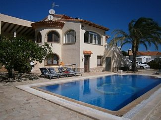 Photo for Quality Detached Villa With Private Pool And Sea Views