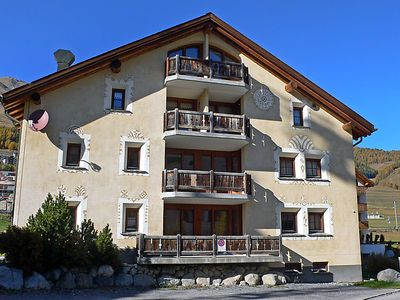 Photo for Apartment Chesa Mezzaun in Zuoz - 4 persons, 2 bedrooms