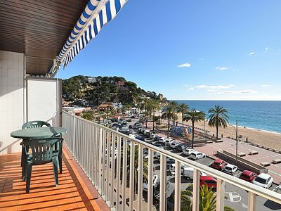 Photo for Apartment Doble 4CD, sea view, beach 30 m, 4/6 people, terrace.