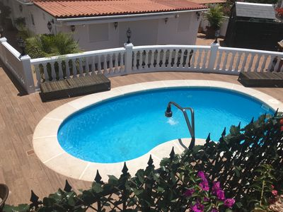 The Superb heated Pool and the Sun-Bathing area.
