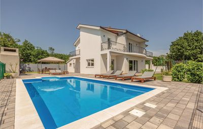 Photo for 4BR House Vacation Rental in Imotski