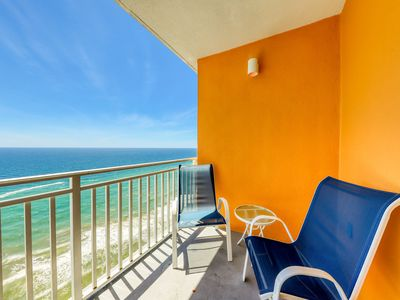 Photo for Gulf-front condo w/ beach access, outdoor pool, hot tub, lazy river & waterpark!