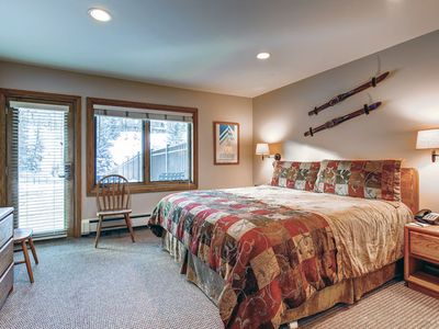 Photo for Vail Ski-in/Ski-out, Mountain View, Lodge Room King Bed, Pool, Hot Tub, Sleeps 2