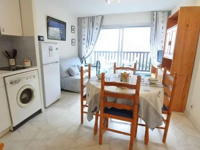 Photo for Apartment La Trinité-sur-Mer, 1 bedroom, 4 persons