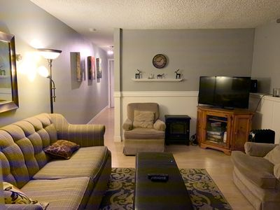 Photo for 2 BR Condo. Walk or take free bus to skiing and dining! Underground parking!