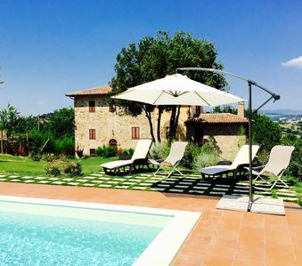 Photo for One bedroom apartment sleeps 4 with garden and pool in the Umbrian countryside