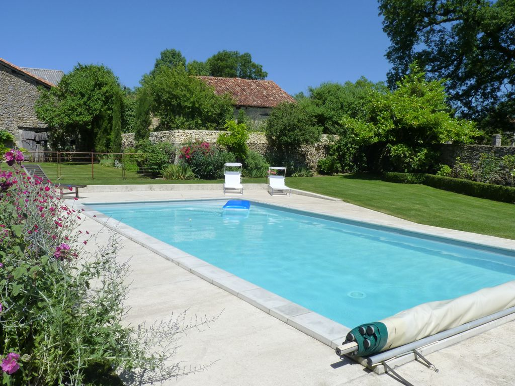 Garden With Swimming Pool quiet cottage with garden, swimming pool, view of surrounding countryside,  in green périgord - saint-just