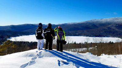 Eagle Point View Trail - Hiking, Skiing & Snowmobiling - Right on Property!