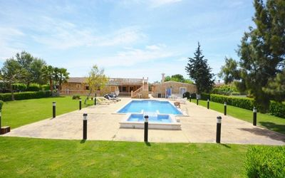 Photo for Superb modern villa with tennis court ideal for families and groups