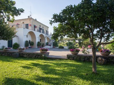 Photo for Exclusive Villa with Pool & Jacuzzi, lovely Sea-Etna view near Catania/Taormina